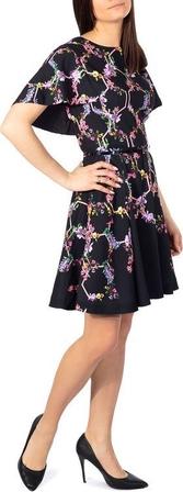 Sukienka Ted Baker rozkloszowana mini z krótkim rękawem