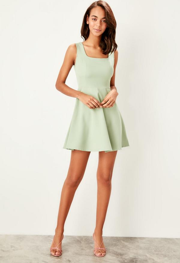 Sukienka Trendyol bez rękawów mini