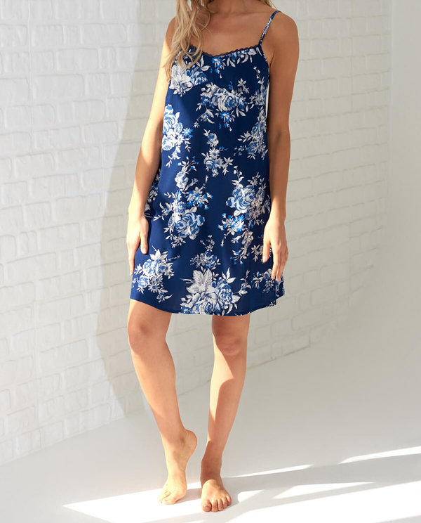 Sukienka Trendyol mini na ramiączkach