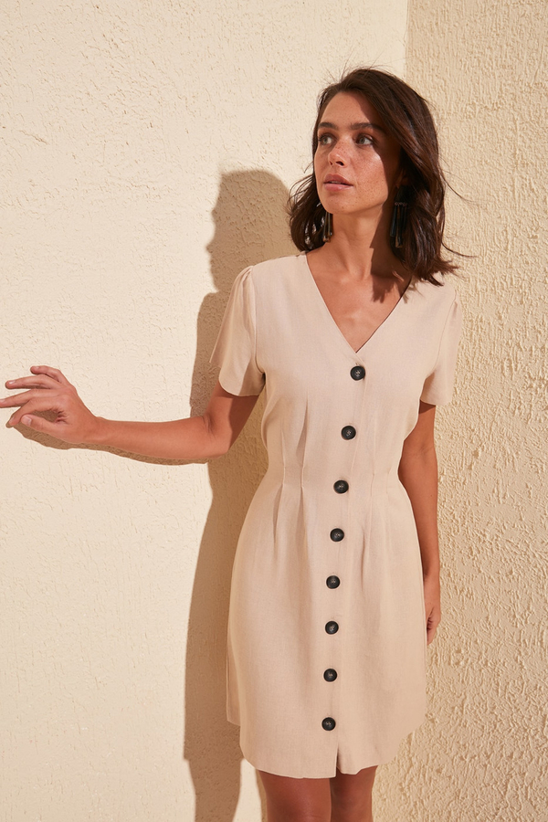 Sukienka Trendyol mini z krótkim rękawem z dekoltem w kształcie litery v