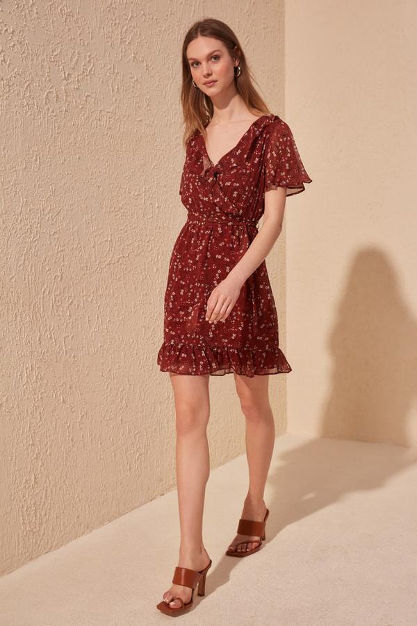 Sukienka Trendyol rozkloszowana mini z krótkim rękawem