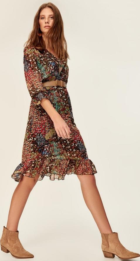 Sukienka Trendyol w stylu casual kopertowa