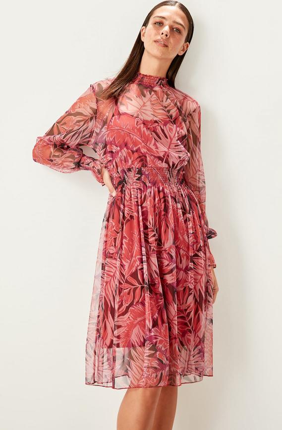 Sukienka Trendyol w stylu casual z długim rękawem midi