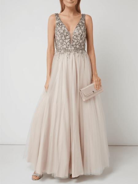 Sukienka Unique z tiulu w stylu glamour