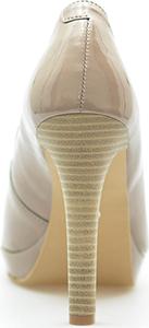 Szpilki Kornecki ze skóry ekologicznej w stylu glamour na wysokim obcasie