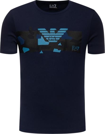 T-shirt EA7 Emporio Armani w młodzieżowym stylu