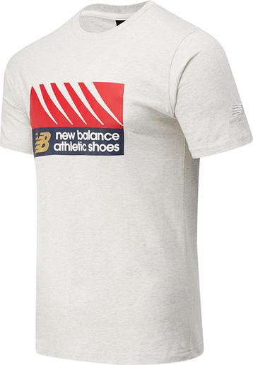 T-shirt New Balance w młodzieżowym stylu z nadrukiem z krótkim rękawem