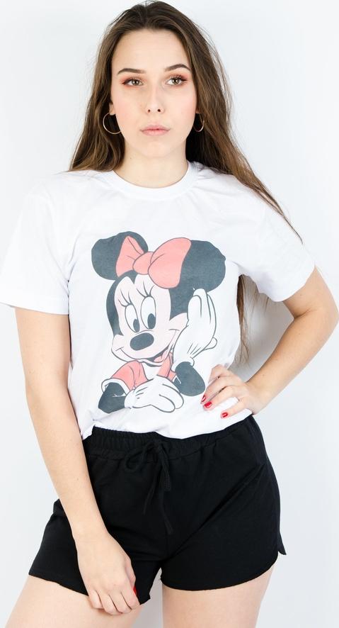 T-shirt Olika w młodzieżowym stylu