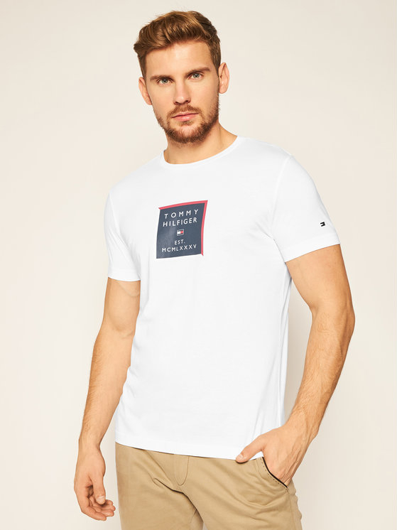 T-shirt Tommy Hilfiger z krótkim rękawem w młodzieżowym stylu z nadrukiem