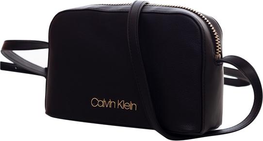 Torebka Calvin Klein mała na ramię z aplikacjami