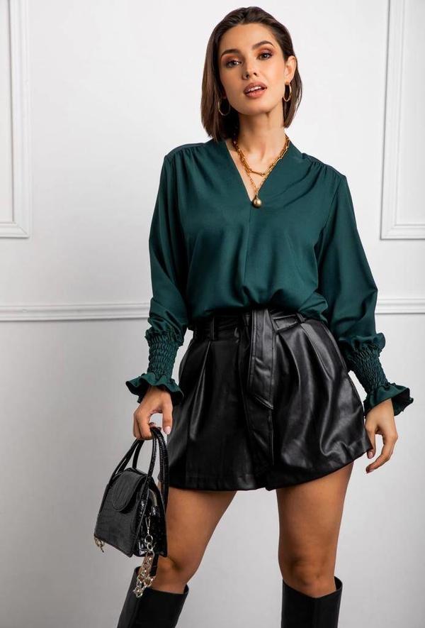 Zielona bluzka lafemmeboutique.pl z jeansu z długim rękawem