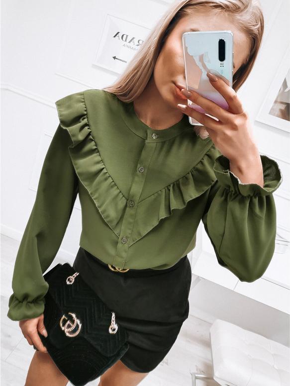 Zielona bluzka magmac.pl z długim rękawem z żabotem