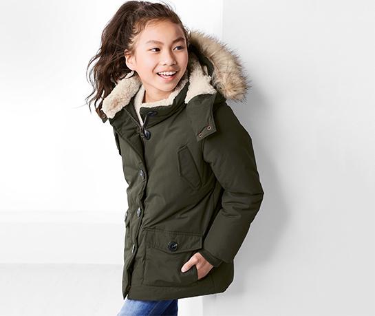 Zielona kurtka dziecięca Tchibo