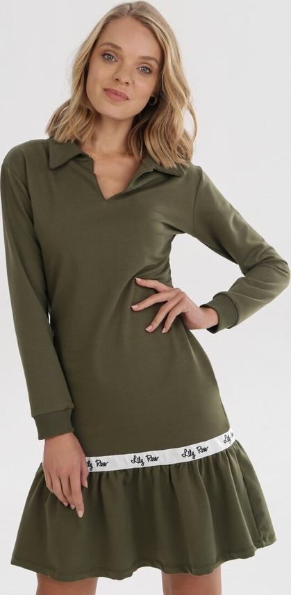 Zielona sukienka born2be mini