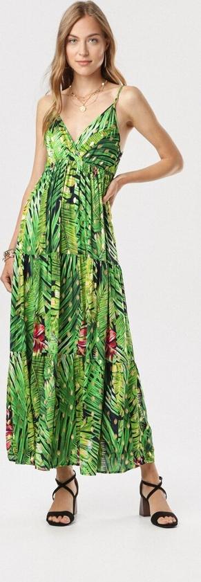 Zielona sukienka born2be w stylu boho maxi z dekoltem w kształcie litery v