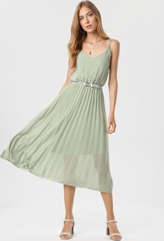Zielona sukienka born2be w stylu casual midi