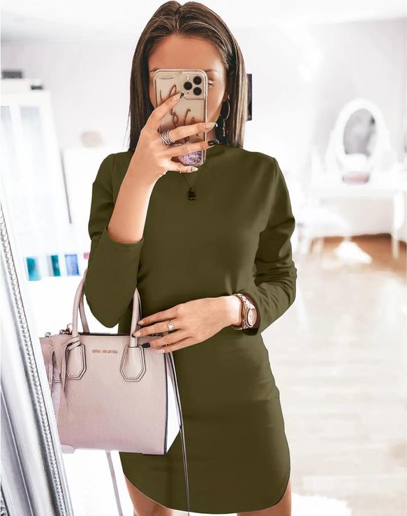 Zielona sukienka magmac.pl z długim rękawem dopasowana w stylu casual