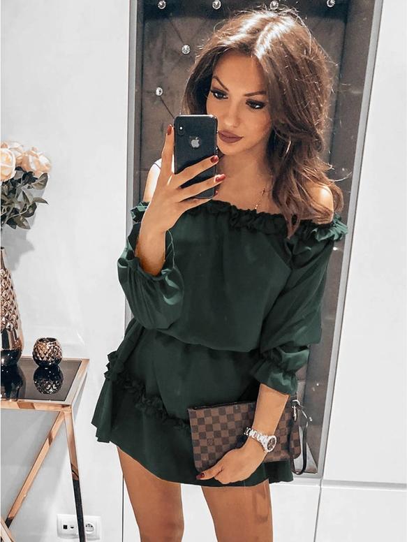 Zielona sukienka magmac.pl z długim rękawem w stylu casual hiszpanka