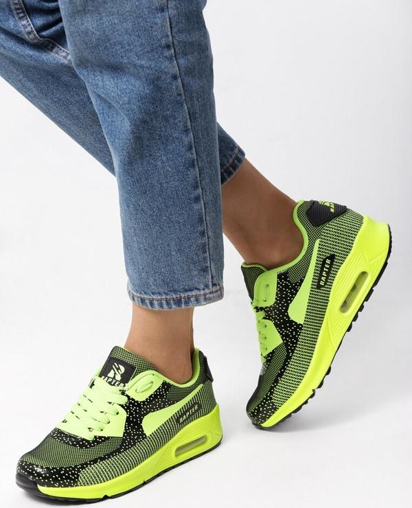 Zielone buty sportowe born2be bez wzorów z płaską podeszwą