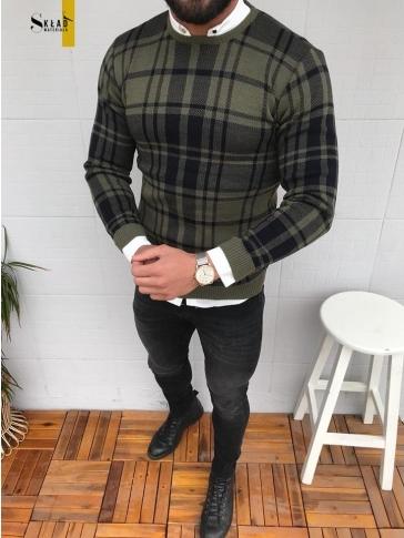 Zielony sweter skladmaterialu