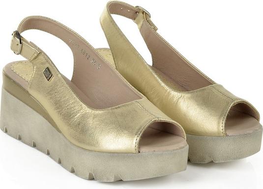 Złote sandały SIMEN z klamrami na koturnie