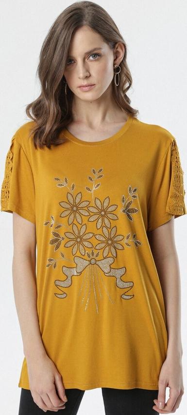 Żółta bluzka born2be z okrągłym dekoltem w stylu casual
