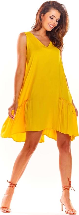 Żółta sukienka Awama z dekoltem w kształcie litery v bez rękawów