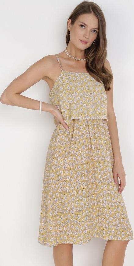 Żółta sukienka born2be midi trapezowa