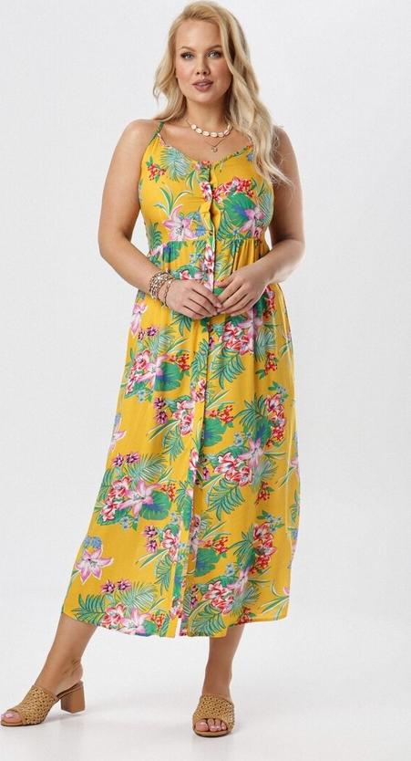 Żółta sukienka born2be na ramiączkach w stylu boho z dekoltem w kształcie litery v
