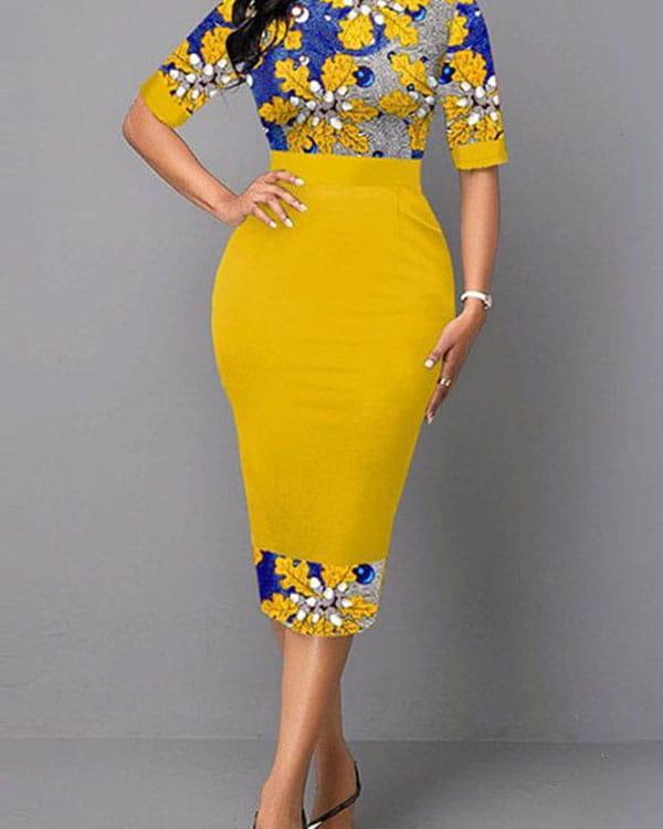 Żółta sukienka Kendallme z krótkim rękawem z okrągłym dekoltem