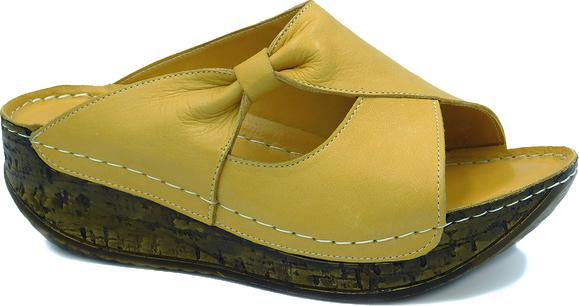 Żółte klapki ARTIKER RELAKS w stylu casual