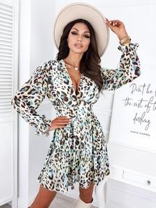 Sukienka Infinityfashion.pl mini z długim rękawem z dekoltem w kształcie litery v
