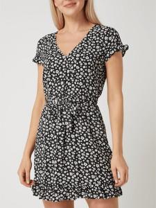 Sukienka Review z krótkim rękawem w stylu casual mini