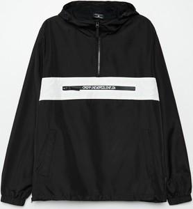 Czarna kurtka Cropp krótka w młodzieżowym stylu
