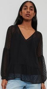 Czarna bluzka Reserved z tkaniny z dekoltem w kształcie litery v