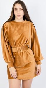 Sukienka Olika mini z długim rękawem w stylu casual
