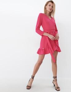 Różowa sukienka Mohito w stylu casual mini