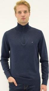Granatowy sweter Tommy Hilfiger w stylu casual z jedwabiu