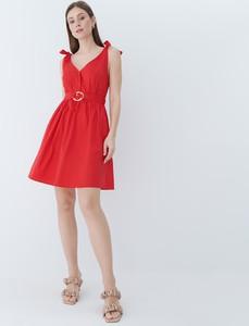 Czerwona sukienka Mohito mini