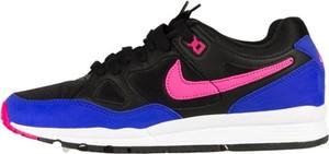 Buty sportowe Nike w młodzieżowym stylu sznurowane ze skóry