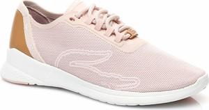 Buty sportowe Lacoste ze skóry w sportowym stylu na koturnie