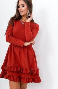 Sukienka ZOiO.pl z okrągłym dekoltem z długim rękawem