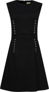 Sukienka Versace Jeans trapezowa z okrągłym dekoltem bez rękawów