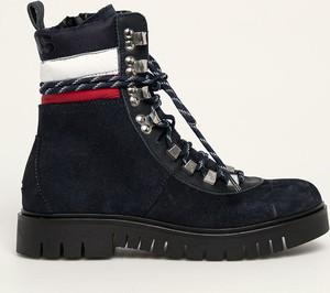 Czarne trapery damskie Tommy Jeans na obcasie