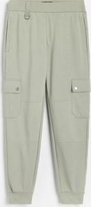 Spodnie Reserved w sportowym stylu