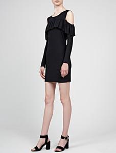 Czarna sukienka Gate z okrągłym dekoltem z długim rękawem ołówkowa