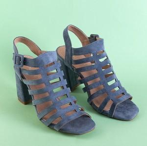 Niebieskie sandały Royalfashion.pl z klamrami na wysokim obcasie na obcasie