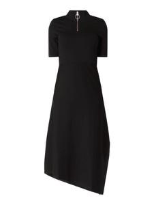 Czarna sukienka InWear z krótkim rękawem