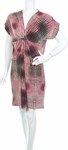 Sukienka Coexis mini z dekoltem w kształcie litery v