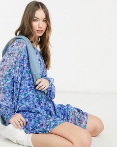 Niebieska sukienka Vero Moda mini z długim rękawem w stylu casual